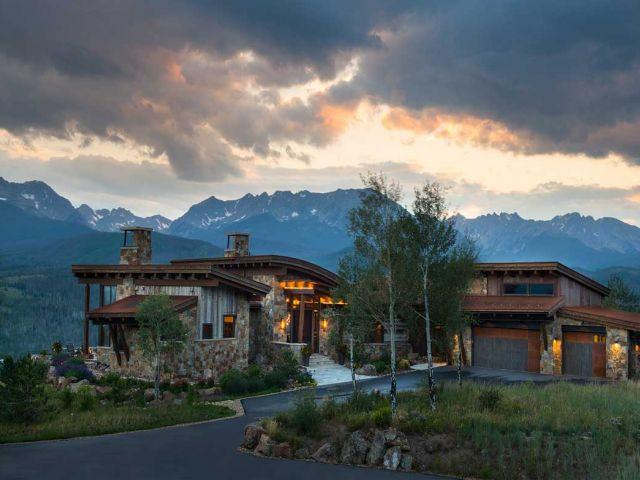 A Summit County Gem: North of Silverthorne